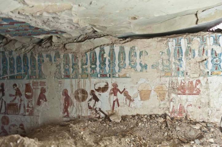 Tomb-1